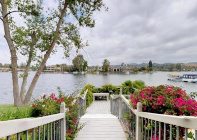 Westlake-Bay-Townhome-1206-E-Walkway-to-Lake